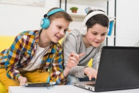 Czy gry to samo zło? Jak przekuć pasję dziecka do gier w przyszłościowe hobby?