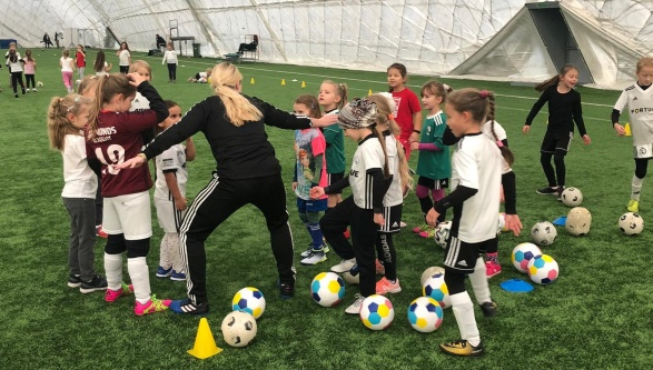 Legia oraz UEFA Playmakers: za nami pierwszy trening